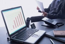 حقوق المساهمين ونسبة السيولة وكفاية رأس المال – 2014
